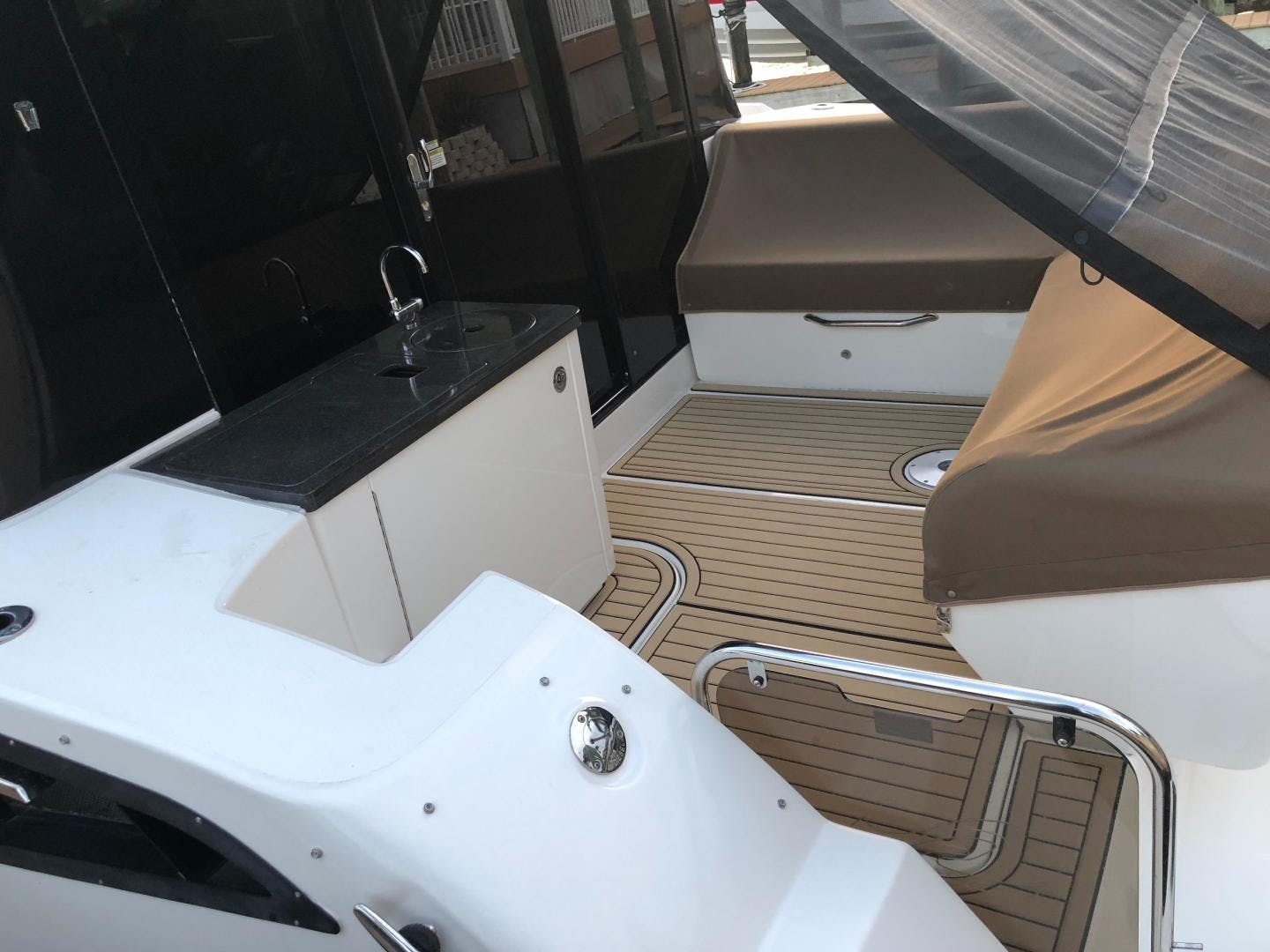2015 Sea Ray 47' 470 Sundancer    Picture 3 of 124