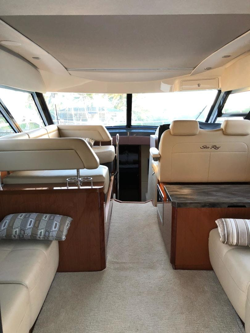 2015 Sea Ray 47' 470 Sundancer    Picture 5 of 124