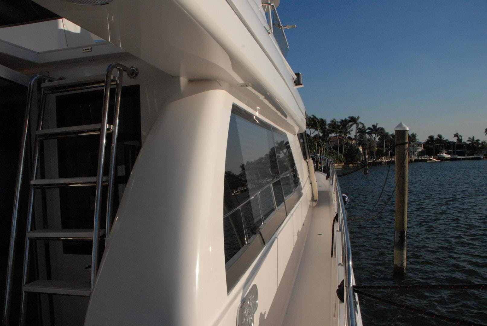 2003 West Bay 68' Sonship ROOM SERVICE | Picture 3 of 26