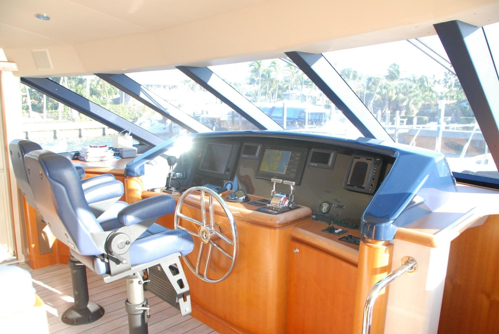 2003 West Bay 68' Sonship ROOM SERVICE | Picture 7 of 26