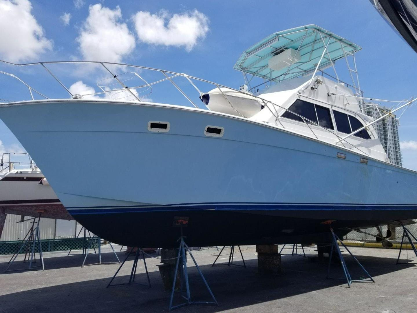 1987 Egg Harbor 38' Flybridge N/A | Picture 2 of 21