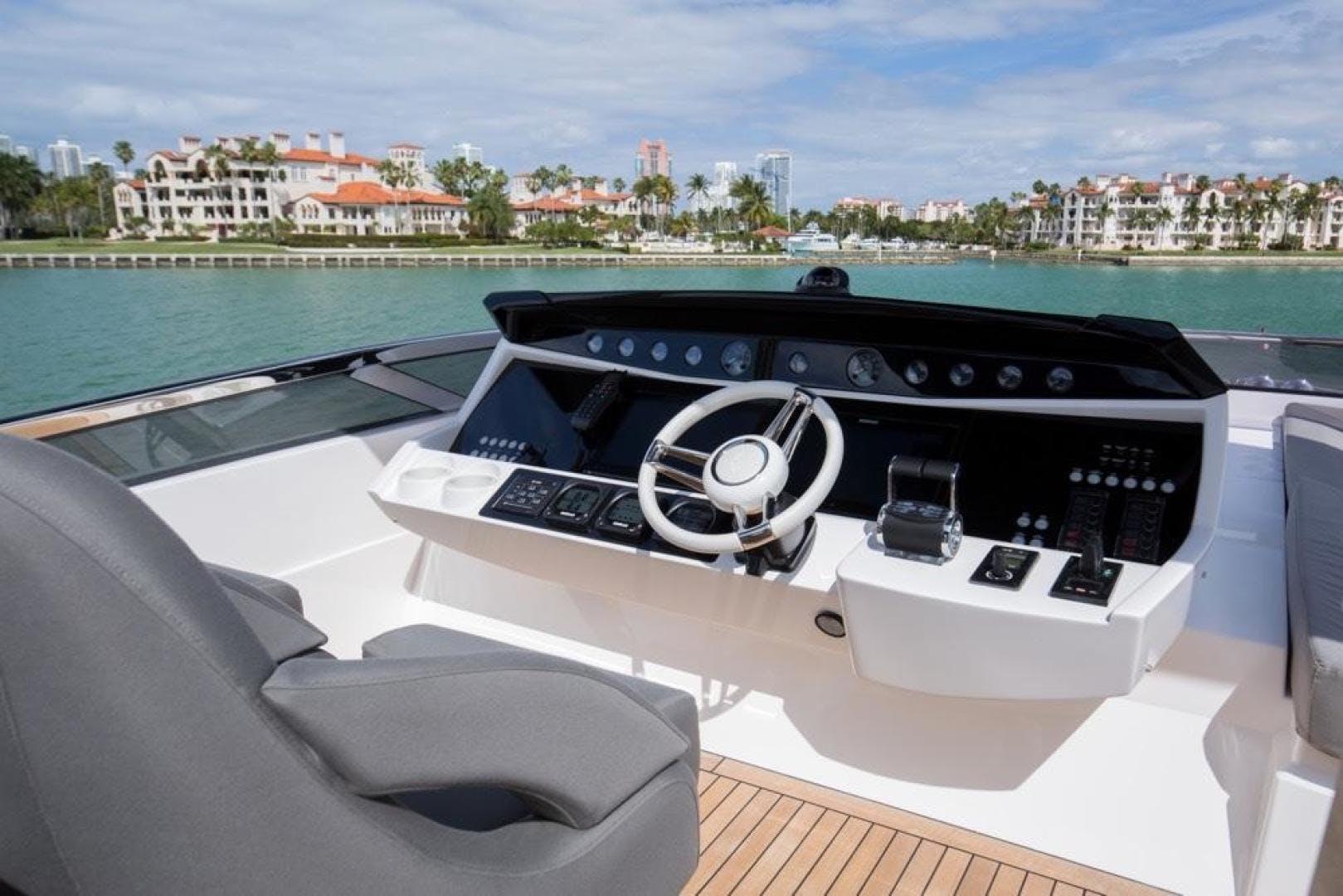 2016 Sunseeker 92' 28 Metre Yacht RIII | Picture 4 of 55
