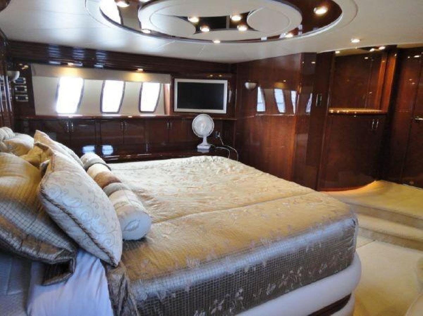2008 Marquis 65' 65  | Picture 6 of 20