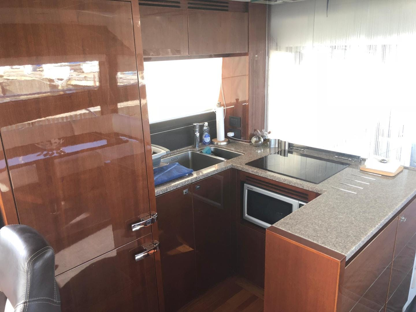 2013 Princess 62' 60 Sideways | Picture 5 of 145