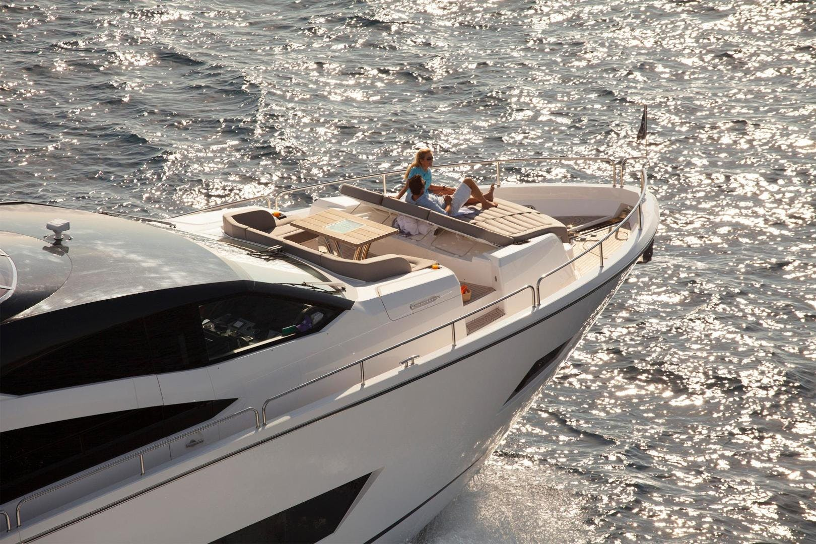 2014 Sunseeker 86' 86 Yacht  | Picture 3 of 6
