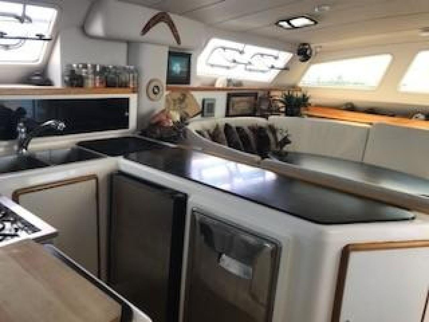 1998 Leopard 48' 45 All Inn | Picture 8 of 65