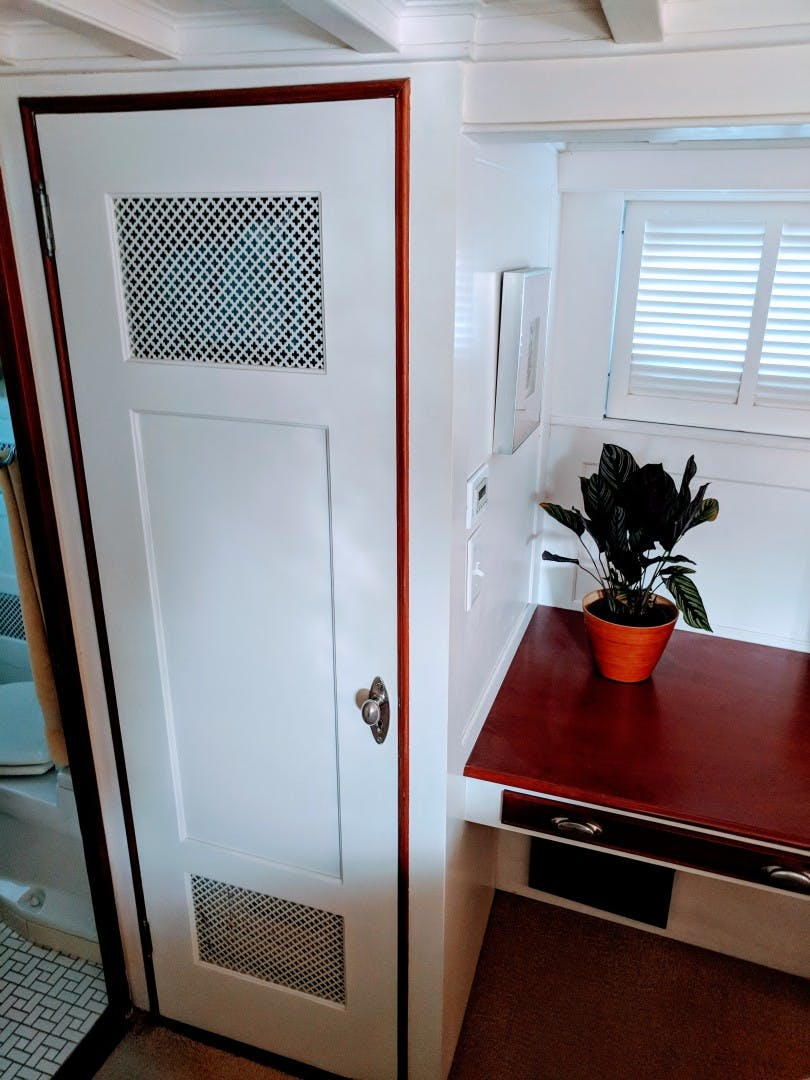 1947 Trumpy 60' Houseboat Reserved | Picture 7 of 79