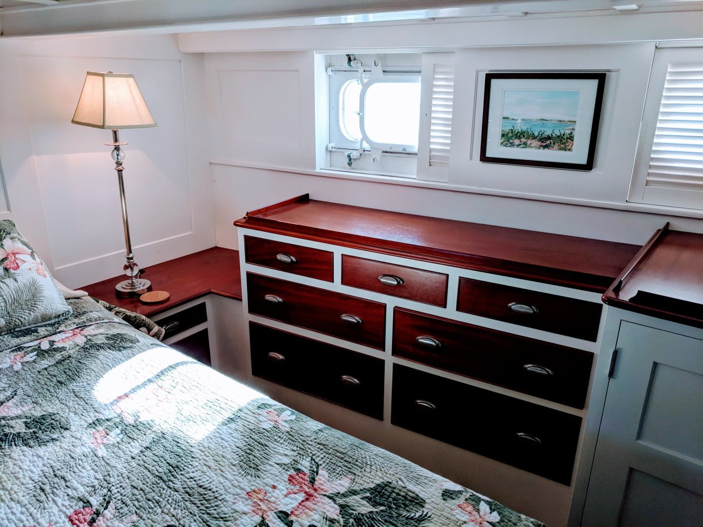 1947 Trumpy 60' Houseboat Reserved | Picture 4 of 79
