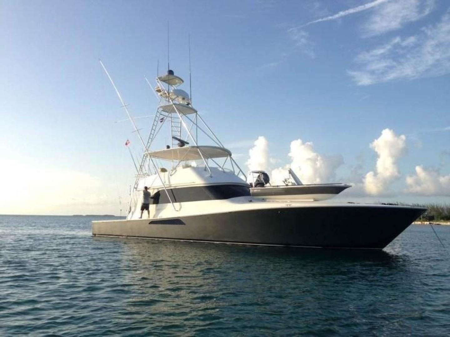 2003 Viking 61' 61  | Picture 7 of 85