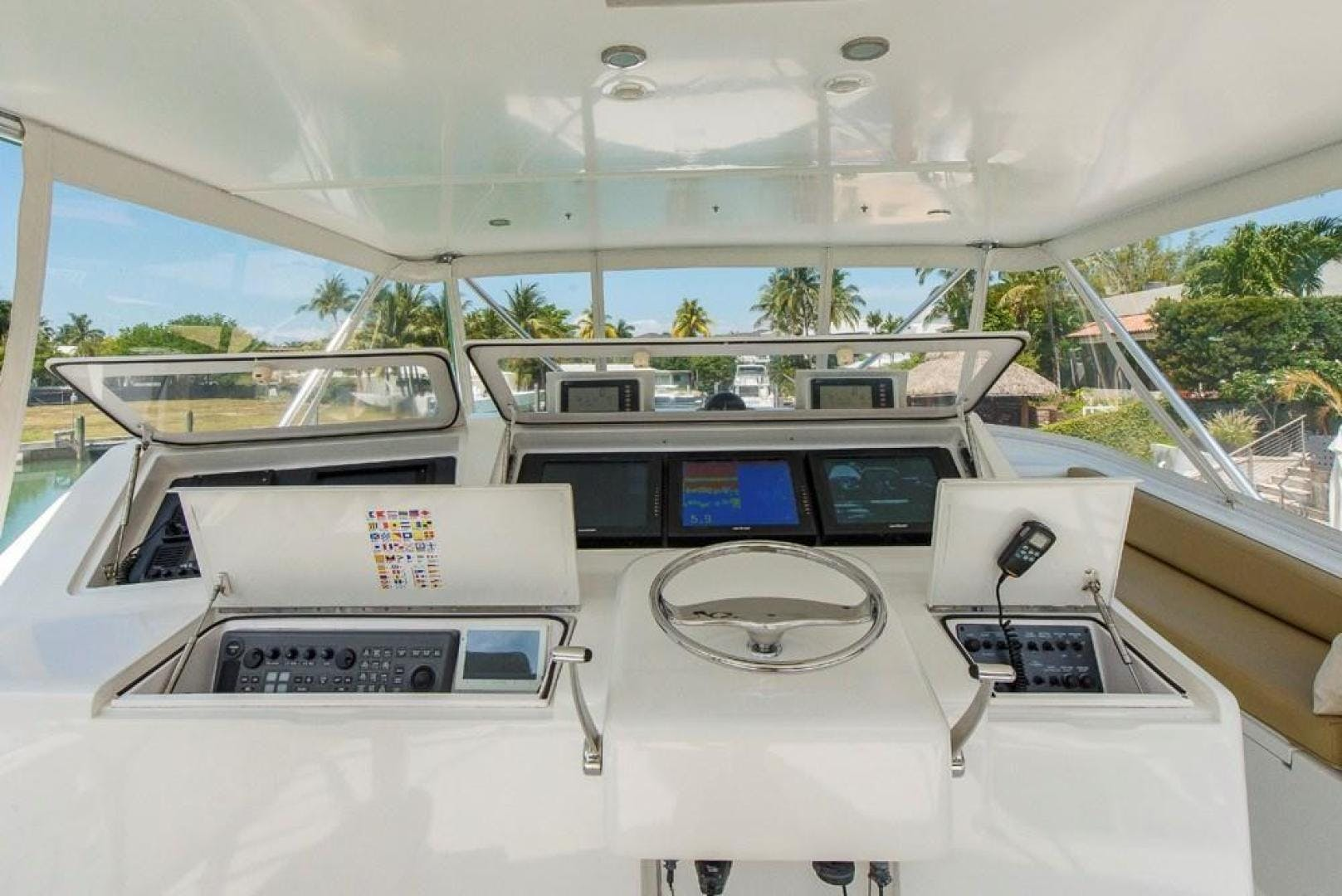 2003 Viking 61' 61    Picture 7 of 85