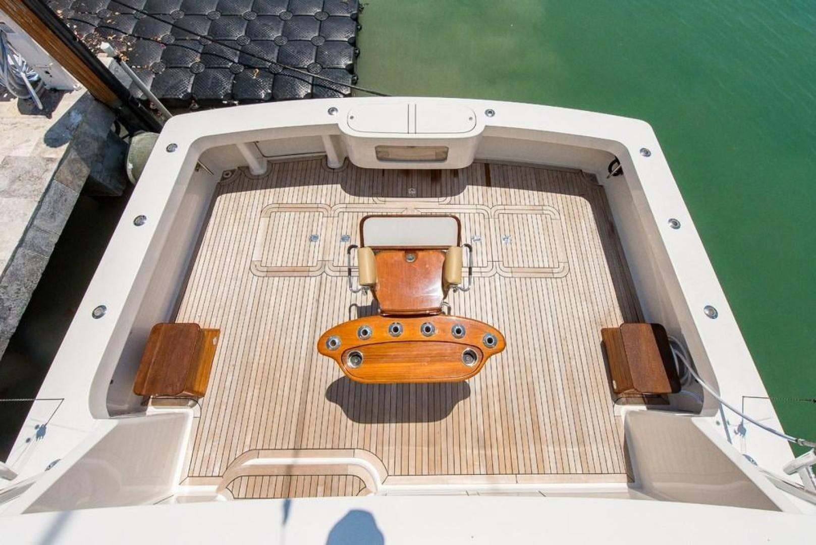 2003 Viking 61' 61    Picture 8 of 85