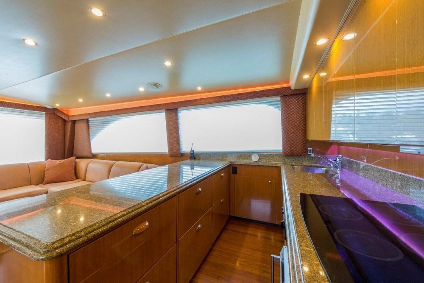 2003 Viking 61' 61    Picture 3 of 85